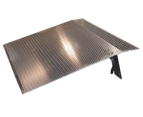 "ALUMINUM DOCKPLATES- 3/8"" Tread Plate Thickness, 48"" Width, 36"" Length, 5"" Max Height Diff., 9"" Leg Height, 3100 Cap. (lbs)"